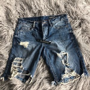 BLANK NYC distressed boy shorts (style)